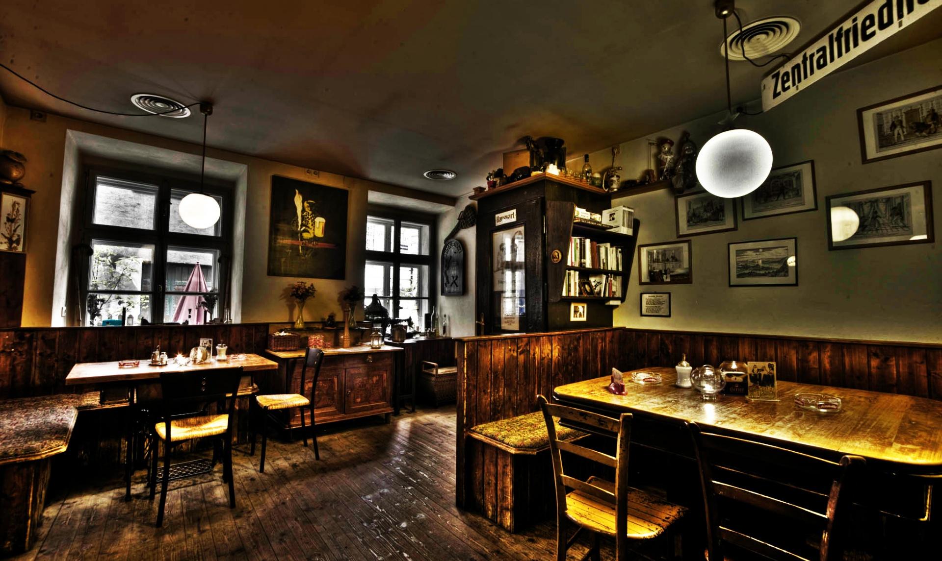 KÄUZCHEN – Kaffee – Restaurant | A-1070 Wien, Gardegasse 8 ...